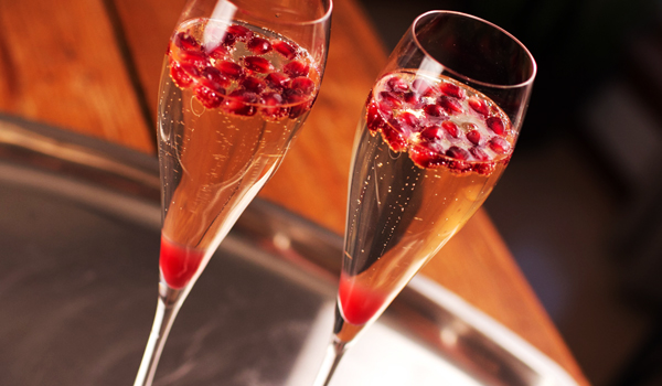 pomegranate-champagne-cocktail-recipe-wine-folly.jpg