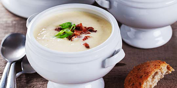 creamy-potato-bacon-and-roasted-onion-soup-34076406778eae0efe7f31240e15e3bfdcd6.jpg